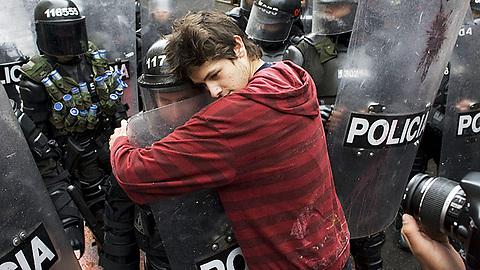 obejmul_policii